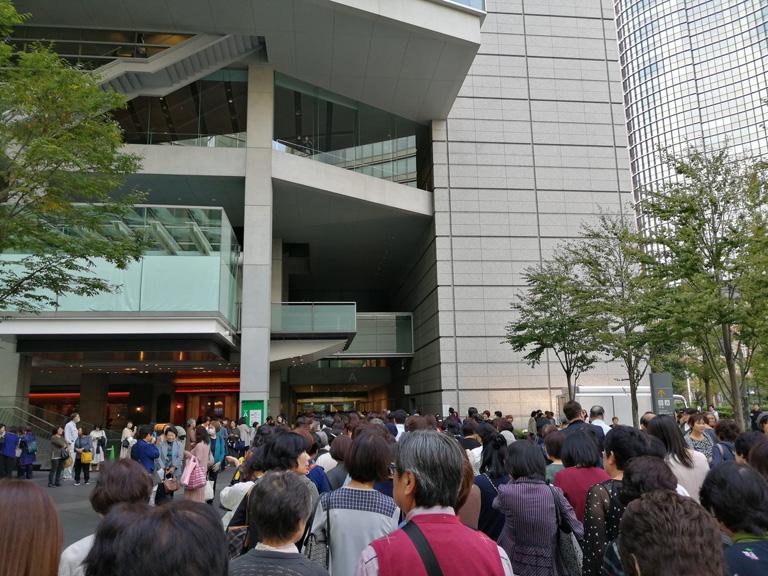 山内惠介 東京国際フォーラムホームA コンサートレポート 画像2